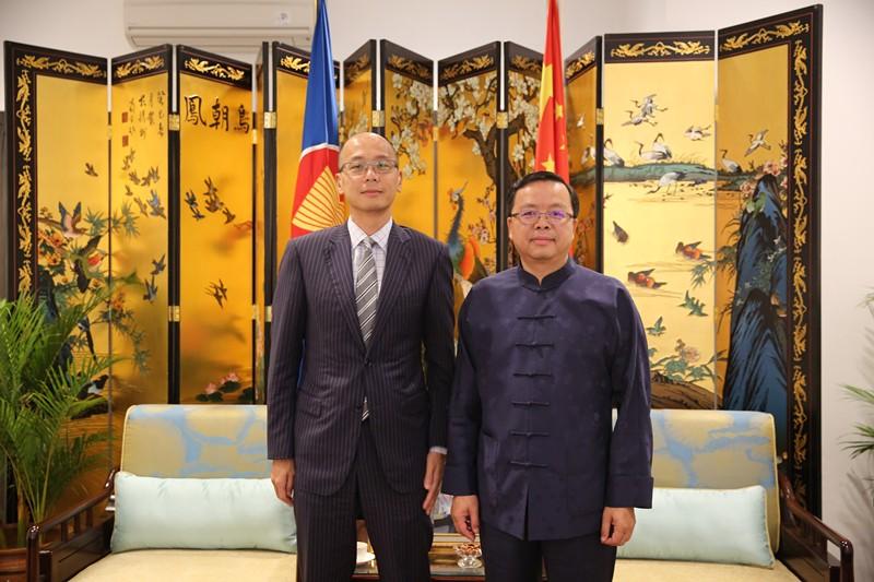 中国驻东盟大使黄溪连会见香港驻雅加达经贸办事处处长