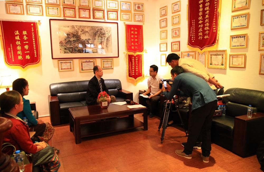 中国驻琅勃拉邦总领事:2019年力争100万中国人到老挝旅游