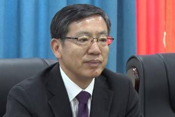 4名援柬汉语志愿者女教师宿舍火灾受伤 中国驻柬埔寨大使探望