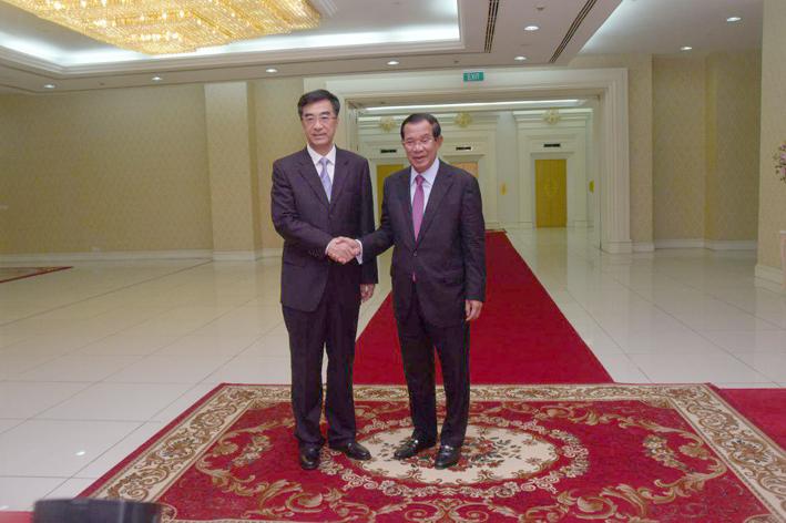 柬中合作造福两国人民    中方承诺继续加大进口