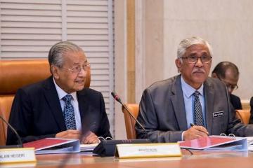 马来西亚首相马哈迪:所有国会议员均须申报财产
