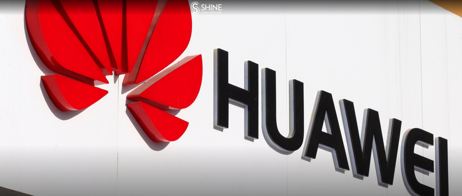 Huawei moves to ease fears after Google announces restrictions