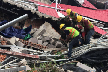 柬埔寨政府发言人:西哈努克省楼坍纯属建筑事故 不影响投资环境