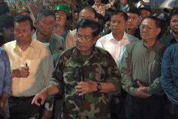 """柬埔寨总理洪森:将在全国清除为违法工地当""""后盾""""的官员"""