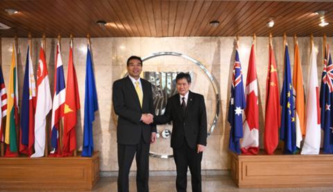 中国外交部副部长罗照辉会见东盟秘书长