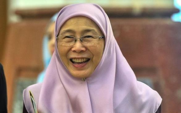 马来西亚副总理旺·阿兹莎访问中国