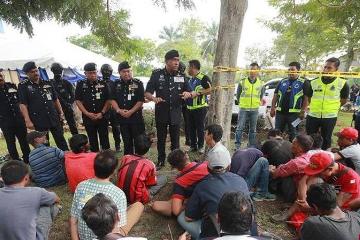 马来西亚警方大扫毒 一天拘捕1300多人