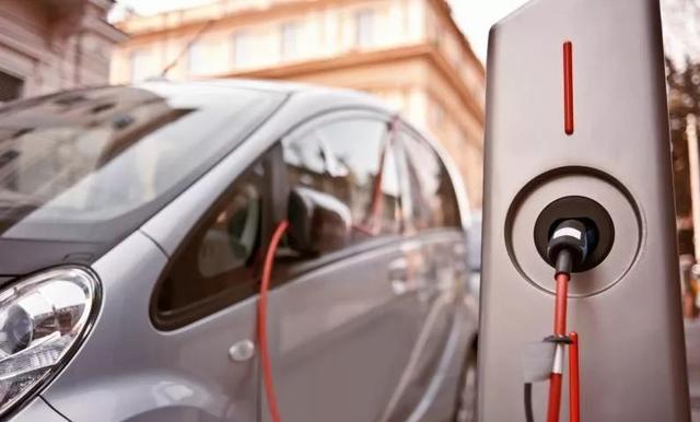 印尼将优先发展电动汽车业