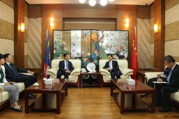 清华大学常务副校长访问马来西亚槟城 支持大马华侨华人子弟赴华求学