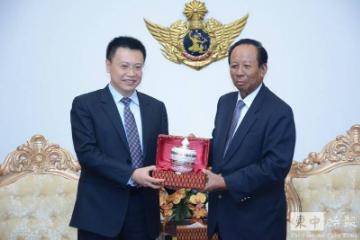 柬埔寨副总理兼国防部长狄班会见中国最大的军火公司高层