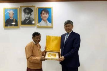 中国驻缅甸大使陈海拜会缅甸民主联盟副主席、曼德勒省首席部长佐敏貌