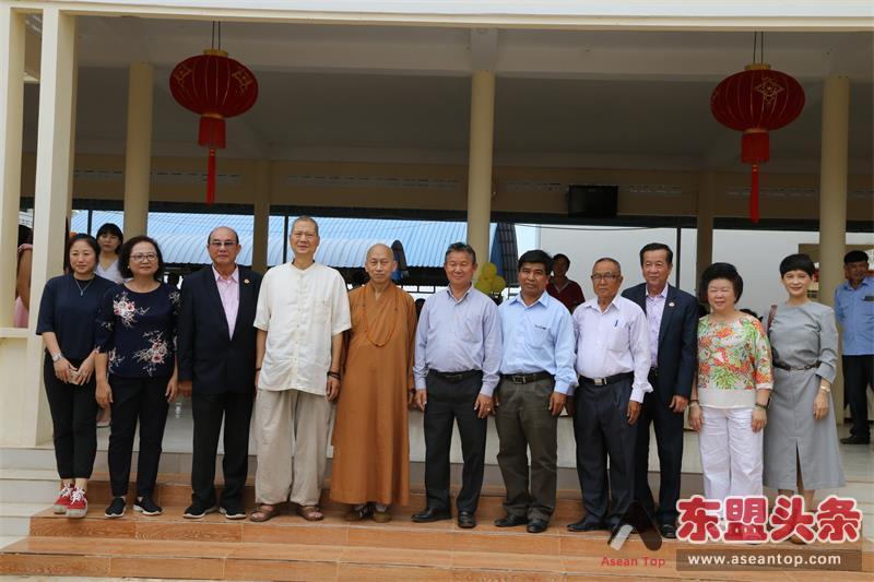 港澳商人结缘柬埔寨华校师生 6年捐建9栋校舍