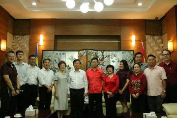 槟州首席部长曹观友、槟城市长尤端祥一行做客中国驻槟城总领馆