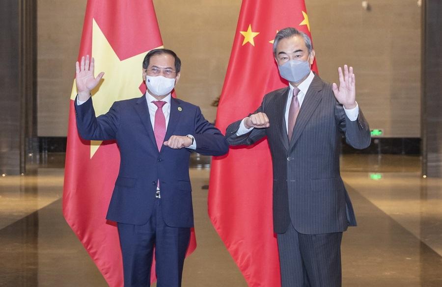 中国外长王毅会见越南外长裴青山 增进战略互信